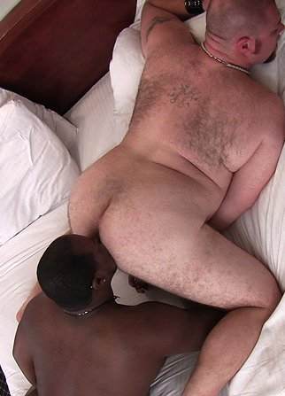 Well Built Straight Enjoys Rimjob Session